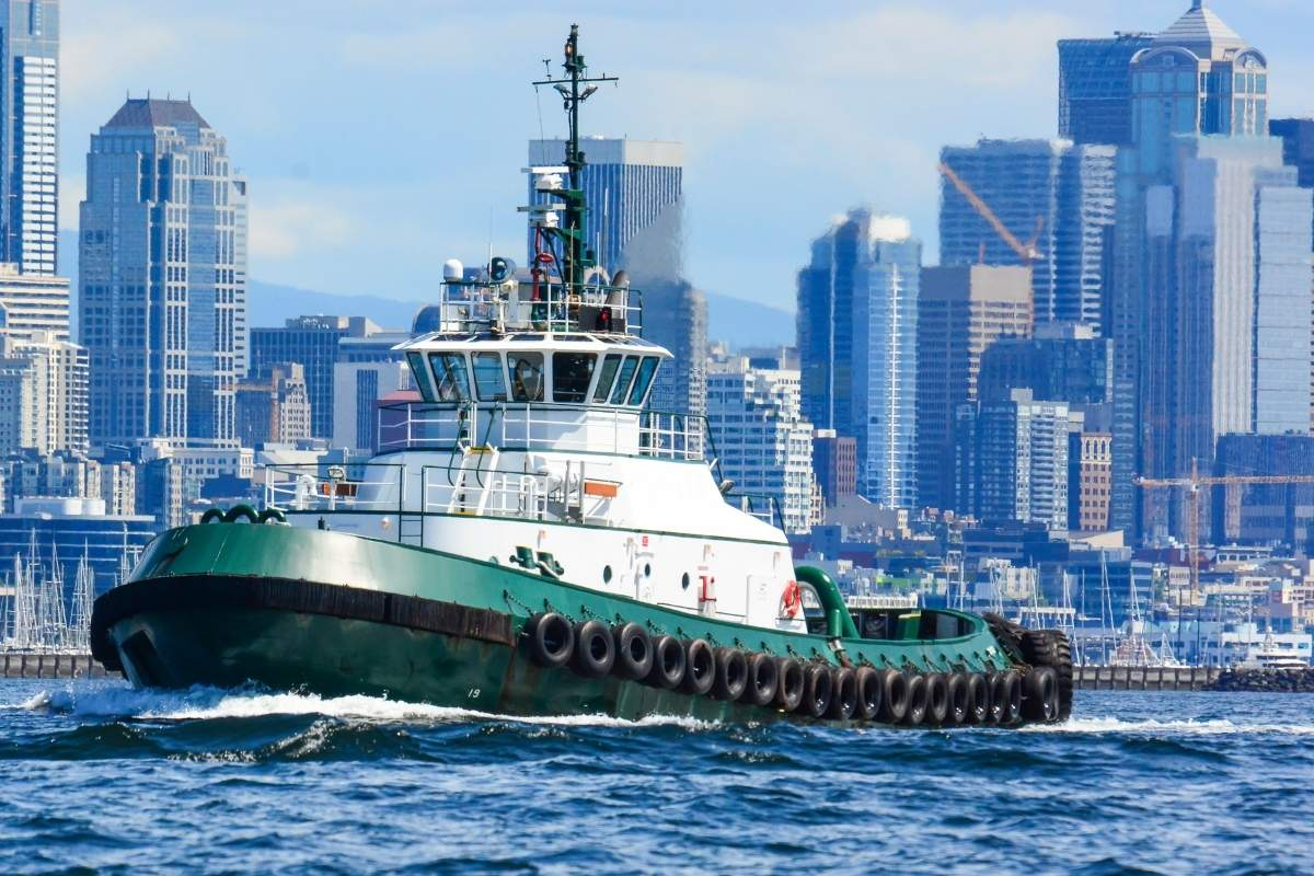 Tug boat- types of ships- Daily Logistics
