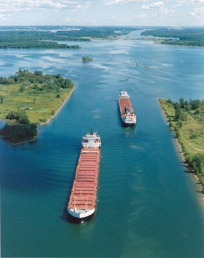 Bulk Vessel passing St. Lawrence Seaway_ Daily Logistics